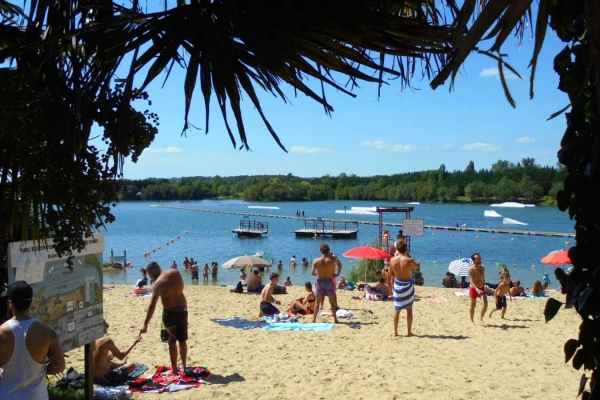 La plage du Water Park de Sames